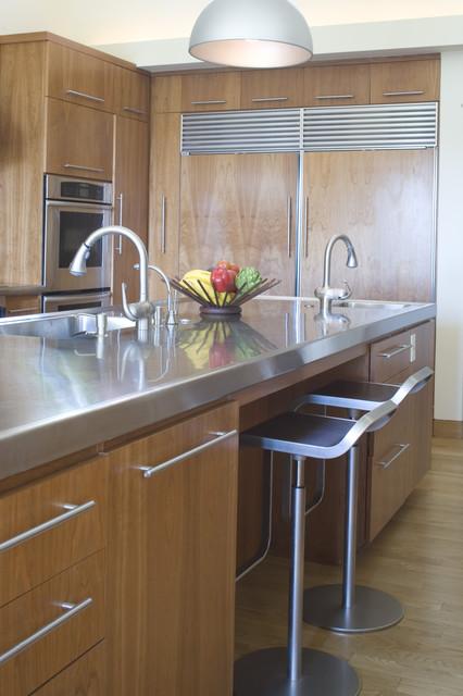 Comptoir de cuisine en acier inoxydable