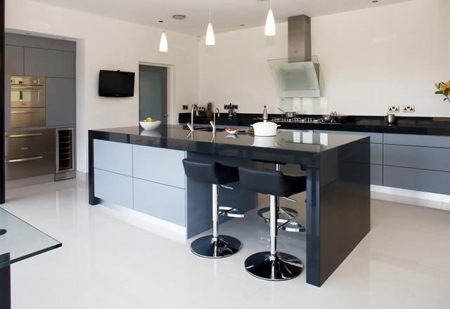 Comptoir de cuisine en surface solide