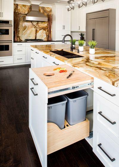 tiroir-poubelle d'armoire de cuisine